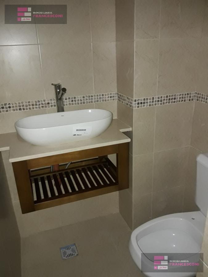 Foto Departamento en Venta en  La Plata ,  G.B.A. Zona Sur  12 44 y 45