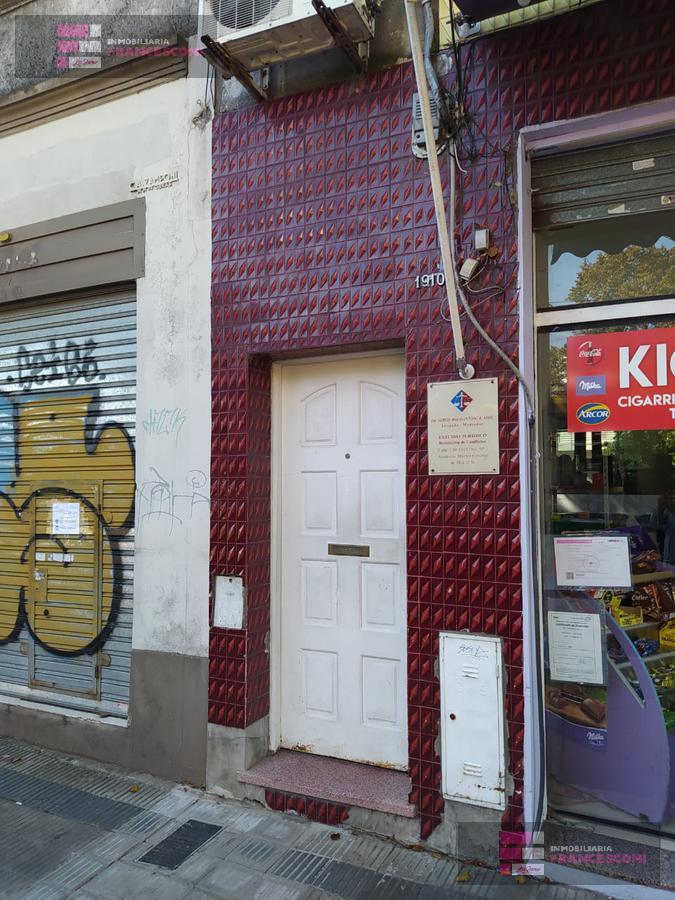 Foto PH en Venta en  Policlinico,  La Plata  7  71 y 72