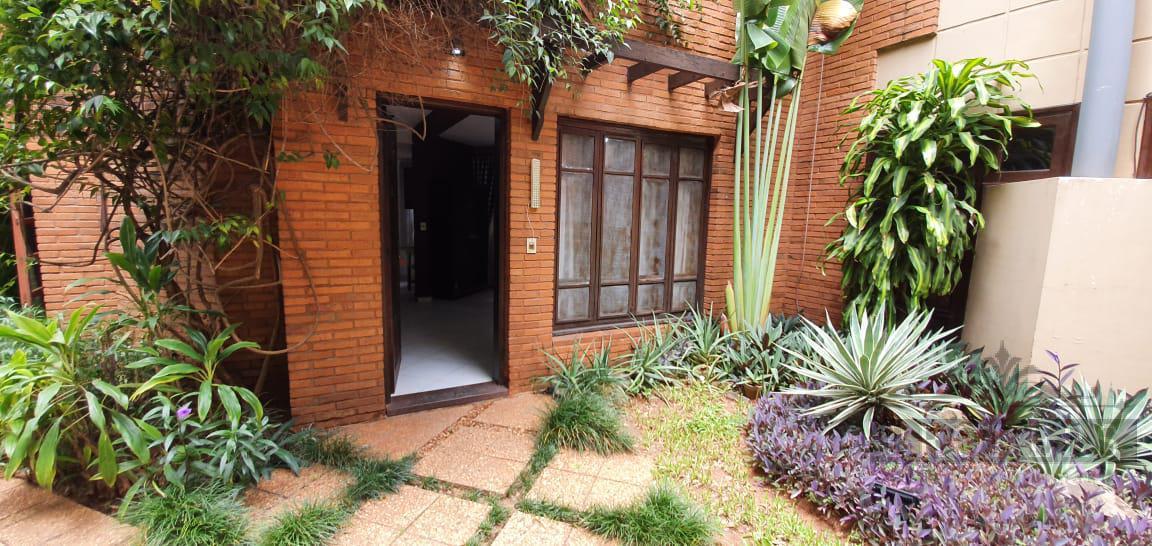 Foto Casa en Alquiler en  Villa Morra,  La Recoleta  Alquilo Casa Amoblada En Condominio Cerrado En Villa Morra