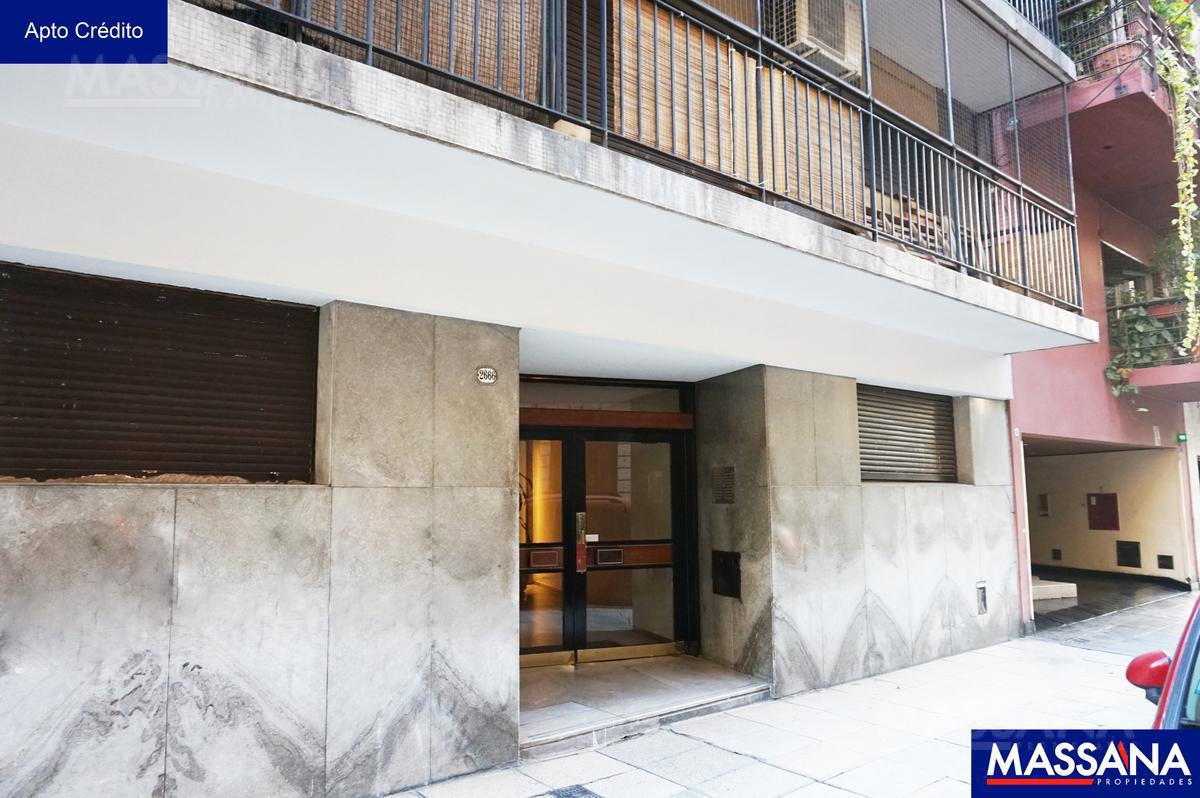 Foto Departamento en Venta en  Recoleta ,  Capital Federal  PACHECO DE MELO al 2600