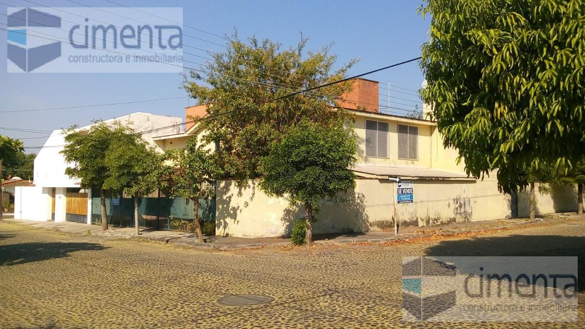 Foto Casa en Venta en  Lomas de Circunvalación,  Colima  JESUS PONCE 769