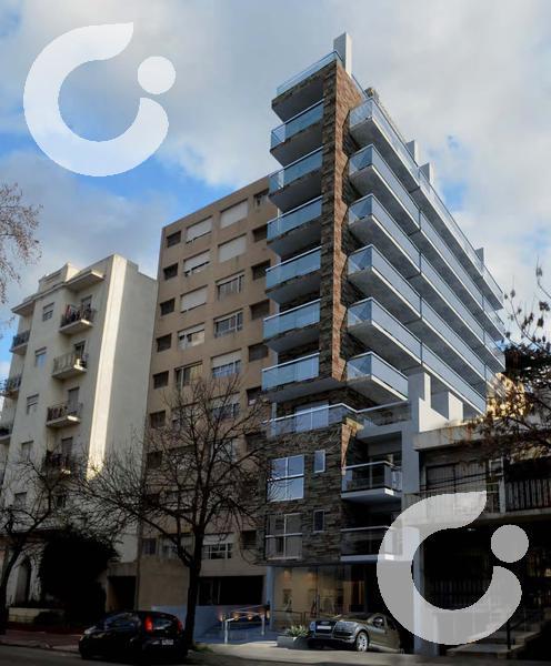 Foto Departamento en Venta en  Pocitos ,  Montevideo  Estrená ahora tu unidad con patio y box.