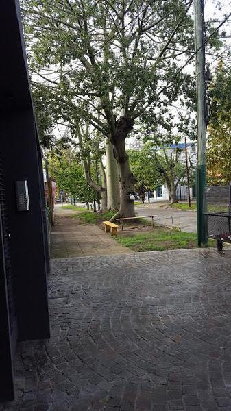 Foto Departamento en Venta en  Lomas De Zamora,  Lomas De Zamora  Monseñor Schell 24