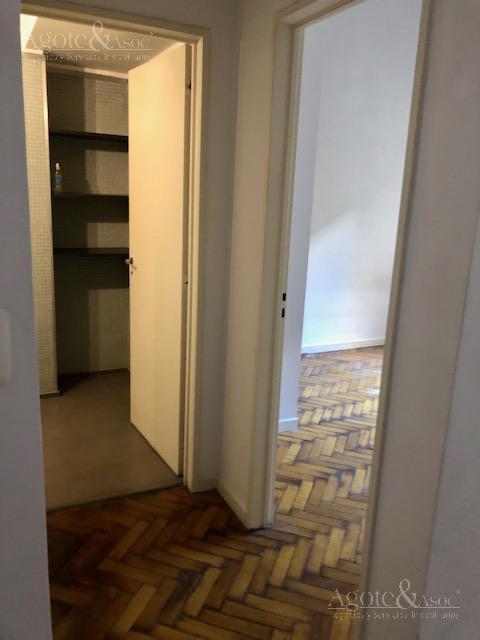 Foto Oficina en Alquiler en  Recoleta ,  Capital Federal  Arenales al 1200