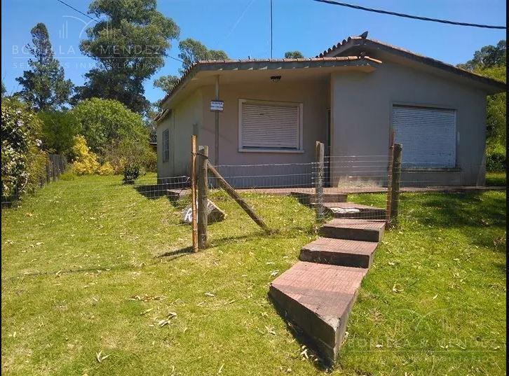 Foto Casa en Venta en  Playa Hermosa,  Piriápolis  Calle 32  Playa Hermosa buena construcción