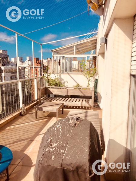 Foto Departamento en Venta en  Pocitos ,  Montevideo  A metros de la rambla