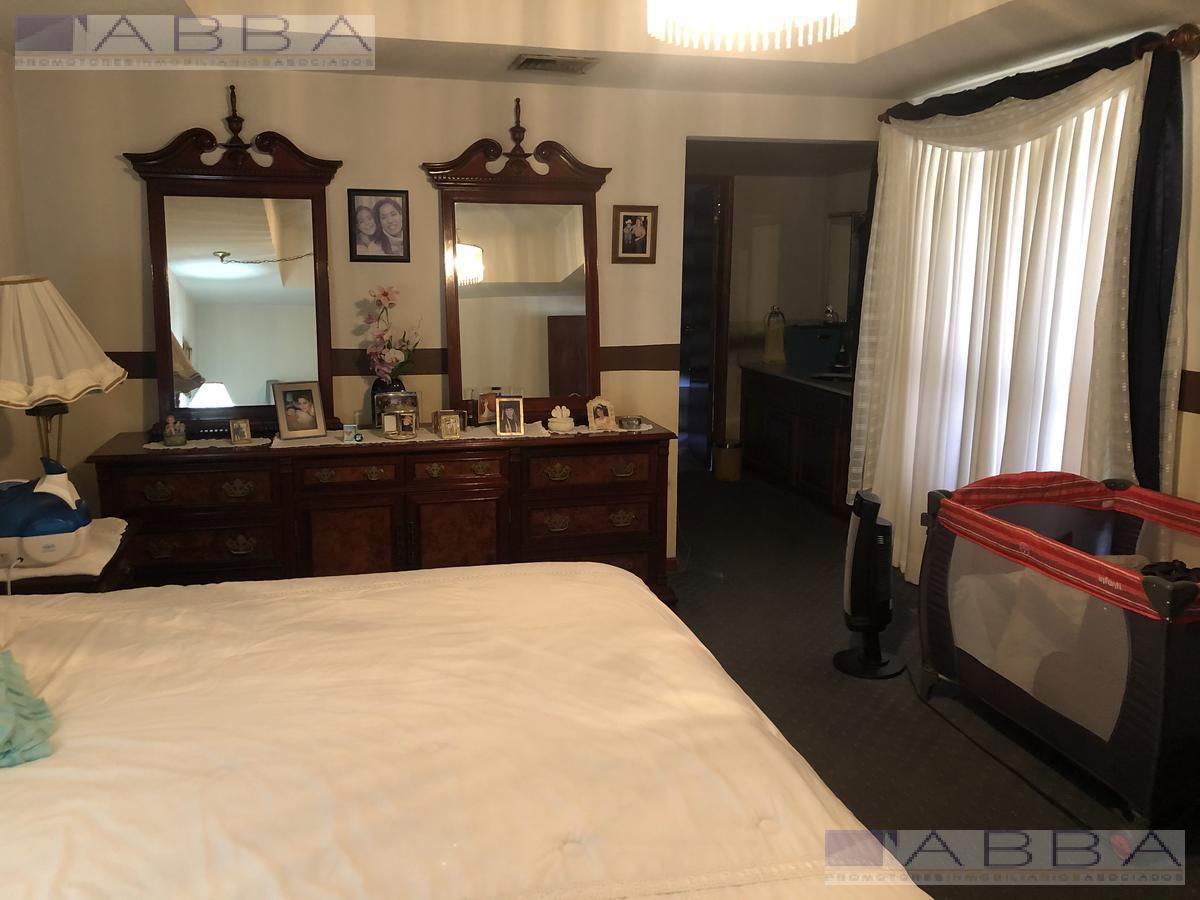 Foto Casa en Venta en  Residencial Campestre Residencial,  Chihuahua  VENTA DE CASA CON REC EN PB Y ALBERCA EN RESIDENCIAL CAMPESTRE