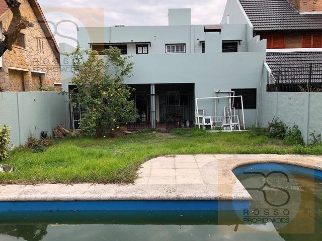 Foto Casa en Venta en  B.Guemes,  Haedo  Rubens al 500