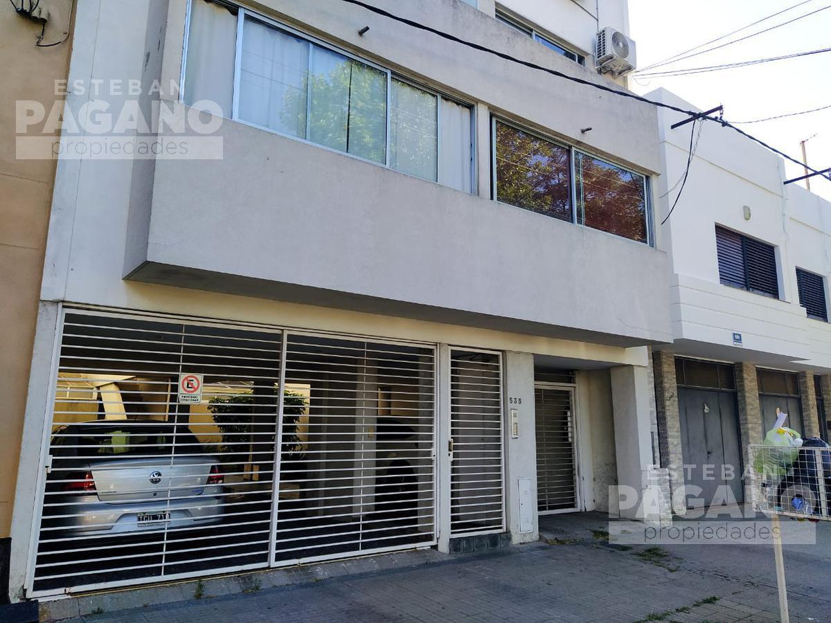 Foto PH en Venta en  La Plata ,  G.B.A. Zona Sur  21 e 42 y 43 Nº 535 PB depto 2
