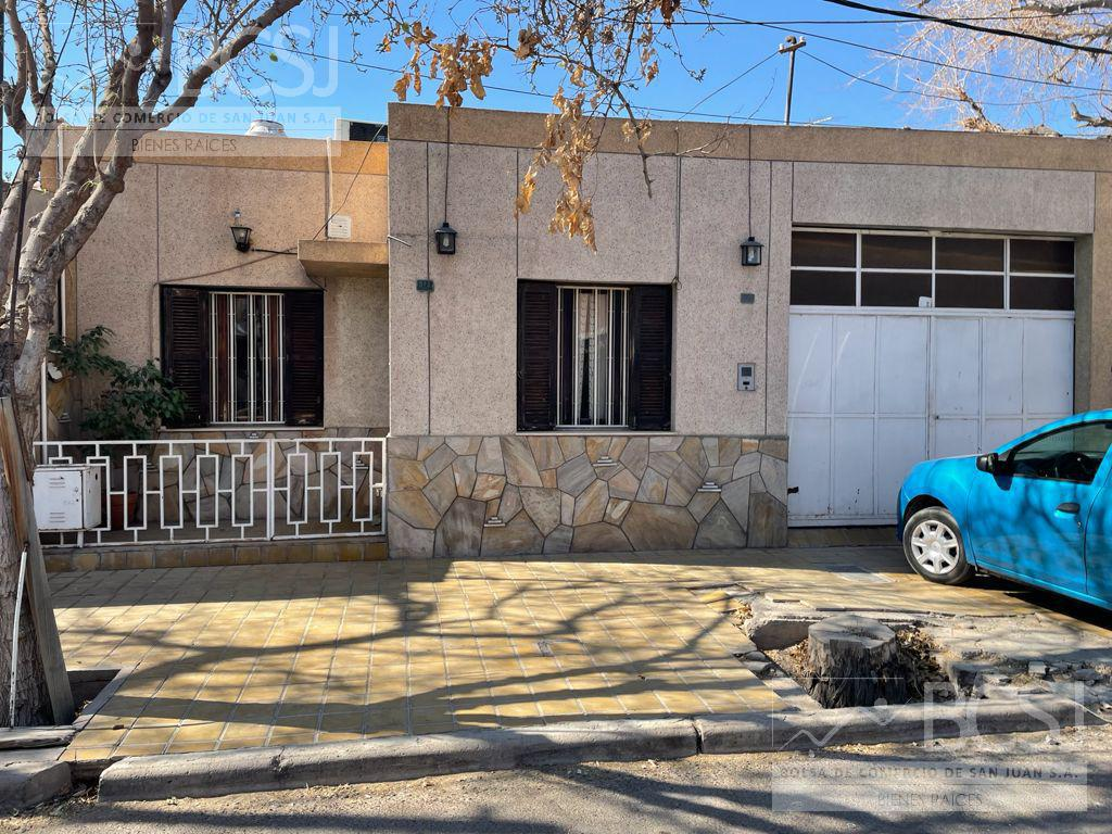 Foto Casa en Venta en  Capital ,  San Juan  Calle maradona al 500