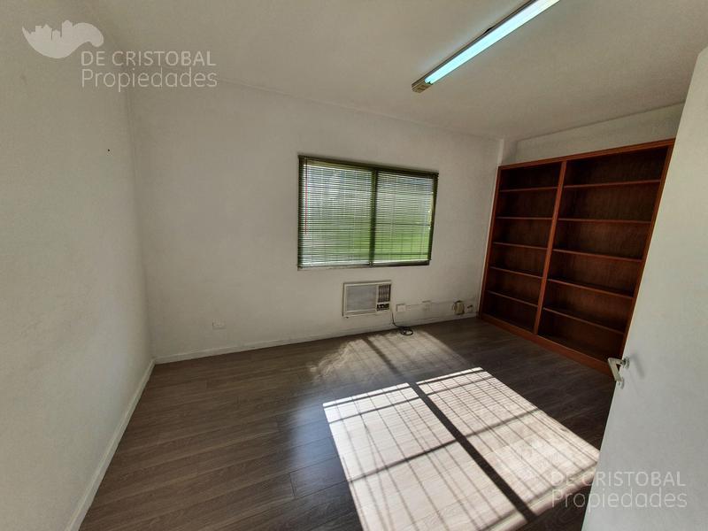Foto Oficina en Alquiler en  S.Isi.-Centro,  San Isidro  Belgrano al 100