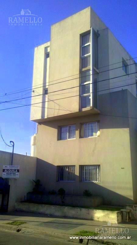 Foto Departamento en Alquiler en  Centro,  Rio Cuarto  La Rioja al 900