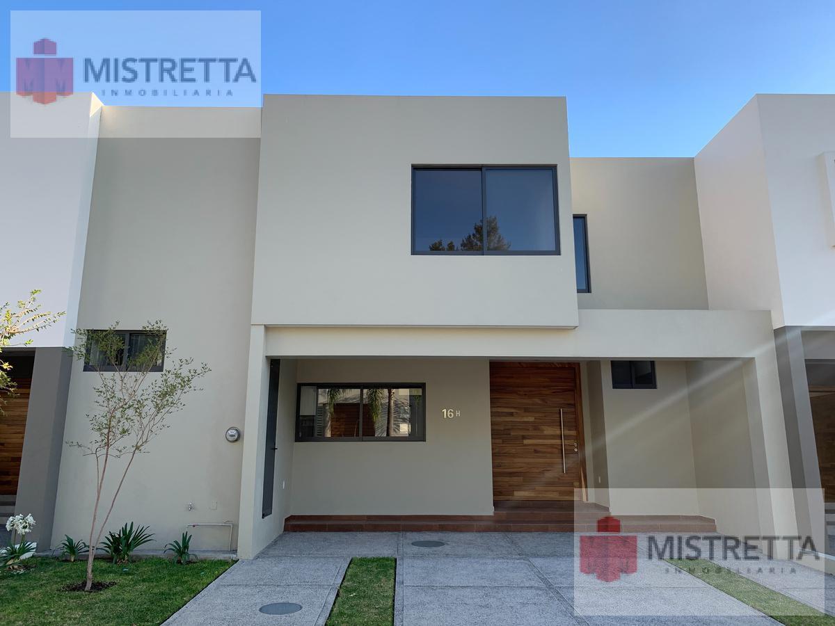Foto Casa en Venta en  Fraccionamiento Puerta del Valle,  Zapopan  Anillo periferico 1000