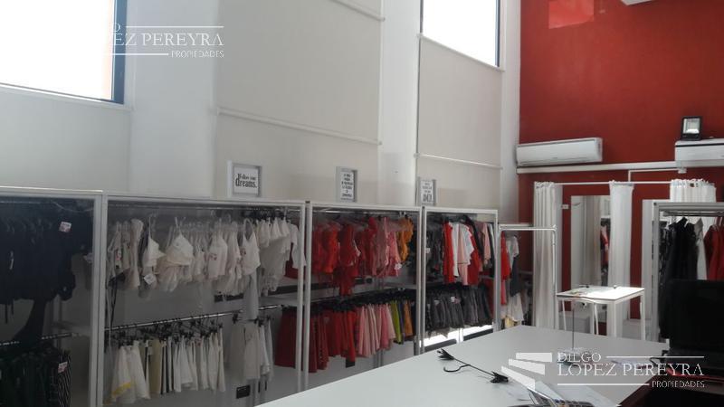 Foto Oficina en Venta en  Olivos,  Vicente Lopez  Ugarte al 2300 P.A.  FTE.