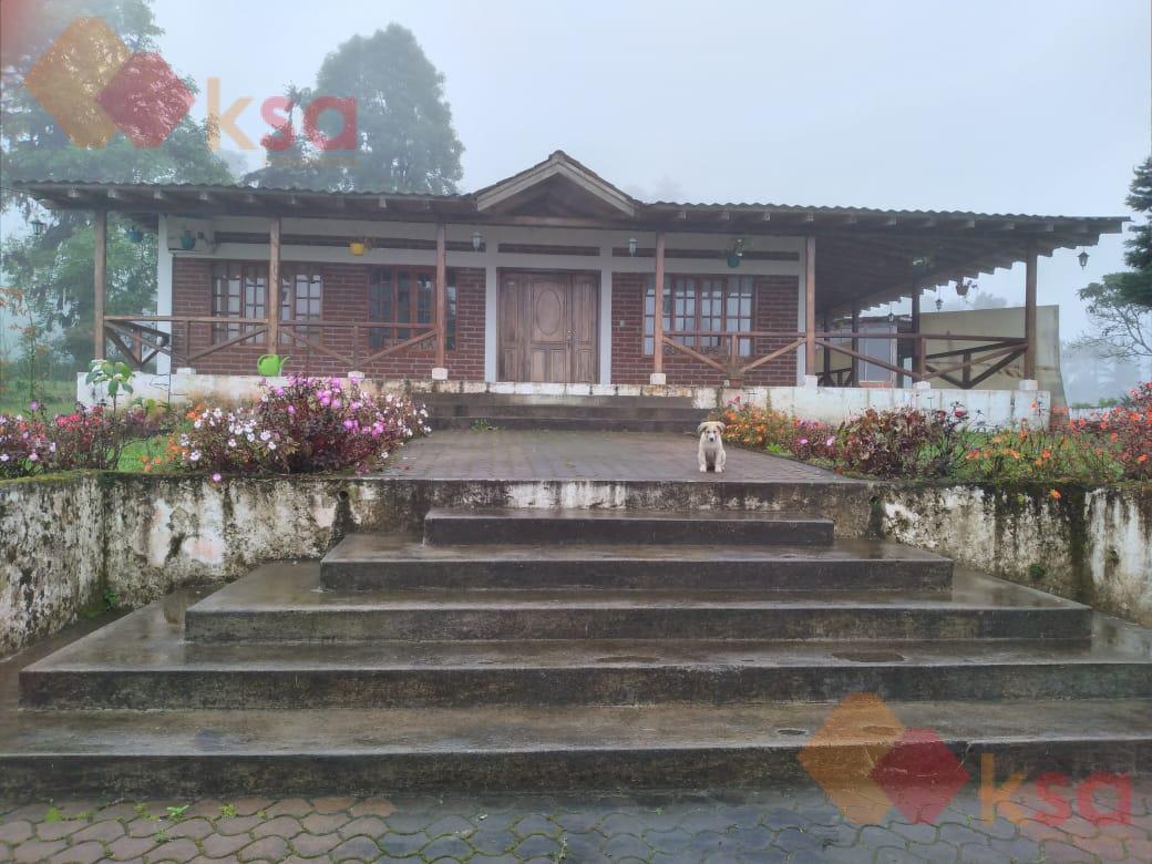 Foto Finca en Venta en  San Miguel de los Bancos ,  Pichincha  Hermosa finca de 67 hectáreas en Los Bancos