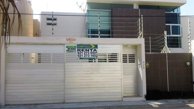Foto Casa en Venta en  Fraccionamiento Paraíso Coatzacoalcos,  Coatzacoalcos  ANGEL BRACHO # 419