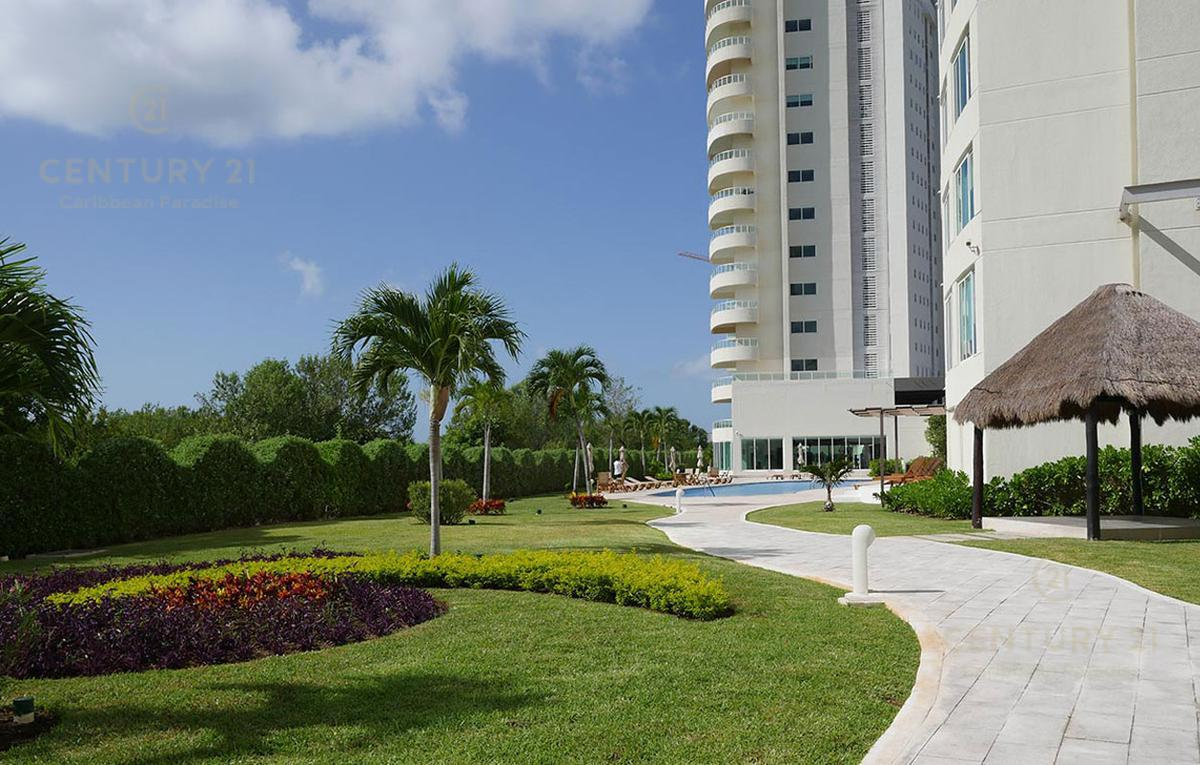 Puerto Cancún Apartment for Sale scene image 19