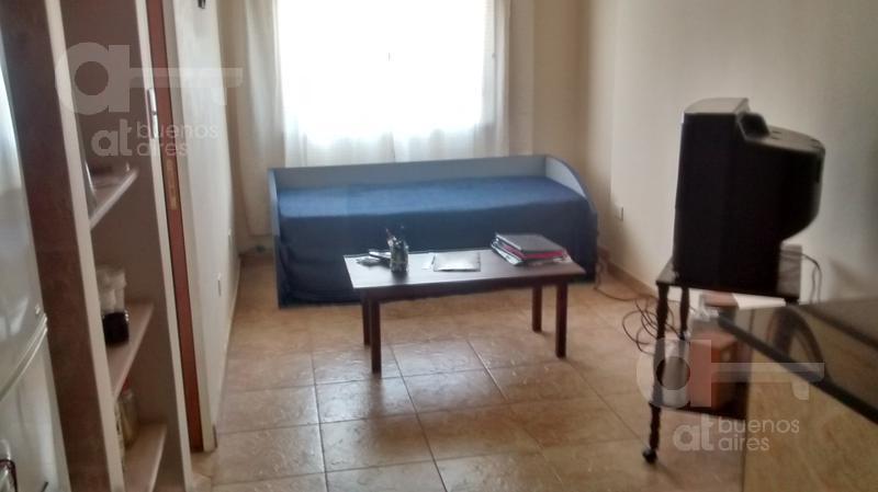 Foto Departamento en Alquiler temporario en  San Telmo ,  Capital Federal  Av. San Juan al 800
