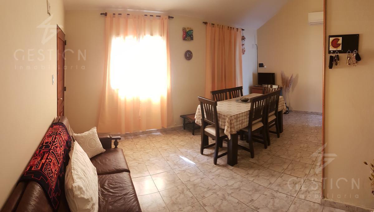 Foto Casa en Venta en  Las Palmas,  Cordoba  9 de Julio al 4200